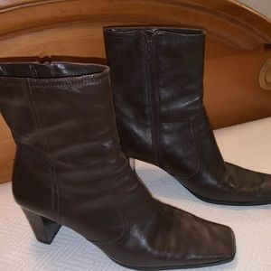 Nine & Company Brown Leather Boots